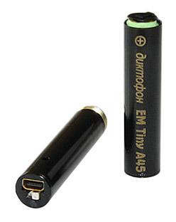 Стильный, миниатюрный цифровой диктофон Edic-mini Tiny A45 поставляется в подарочной коробке из...